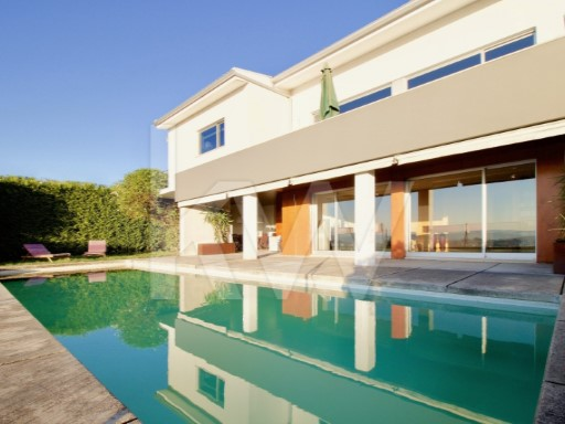 House › Braga | 5 Bedrooms | 4WC