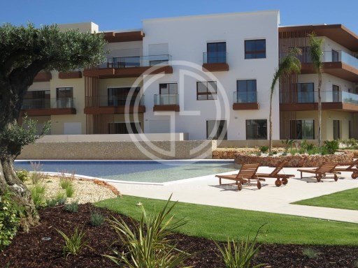 Apartment 4 Bedrooms in Portimão | 4 Bedrooms | 1WC