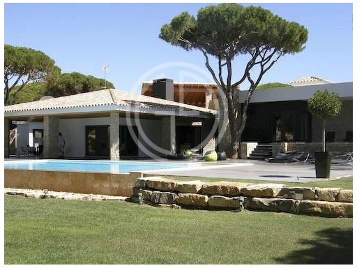House 5 bedrooms for rent in Vilamoura. | 5 Bedrooms | 1WC