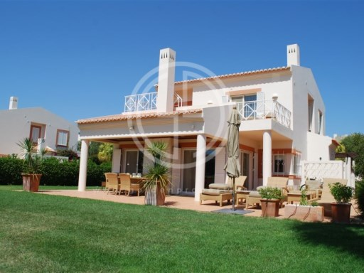 Three bedroom villa on Golf Resort - Algarve | 4 Pièces | 4WC