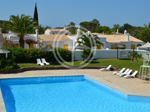 3 bedroom villa for rent in condominium with swimming pool in the village of Golfe-Vilamoura | 3 Bedrooms | 2WC