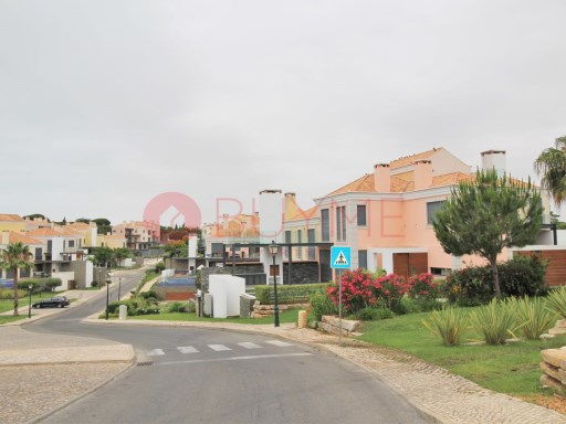 Apartment in gated community at Royal Golf in Vale do Lobo | 2 Bedrooms | 2WC