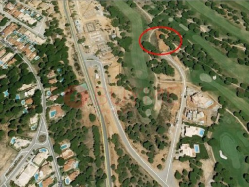 Plot at the southern part of Vila Sol