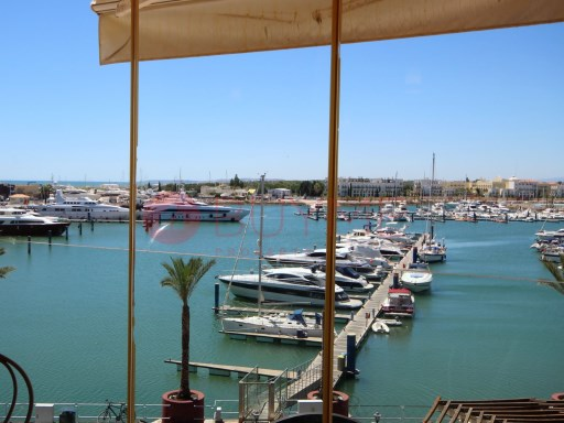 3 bedroom apartment for sale in Marina of Vilamoura | 3 Bedrooms | 2WC