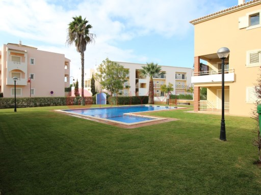3 bedroom duplex apartment, located in a quiet area of Vilamoura | 3 Bedrooms | 2WC