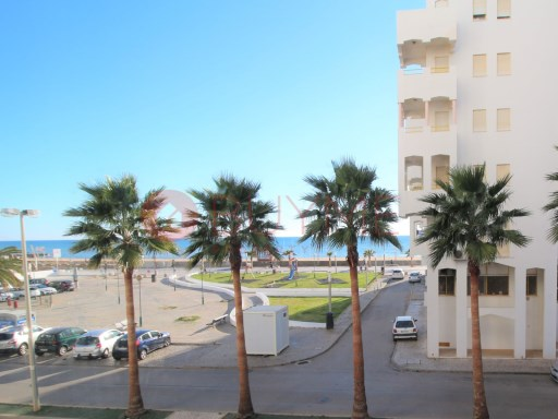 Excellent apartment T1 + 1, renovated by the beach of Quarteira | 1 Bedroom + 1 Interior Bedroom | 1WC
