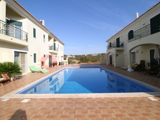 3 bedroom villa in gated community with pool in Boliqueime | 3 Bedrooms | 3WC