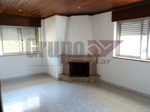 2 bedroom with fireplace on Thursday of Marialva | 2 Bedrooms | 1WC