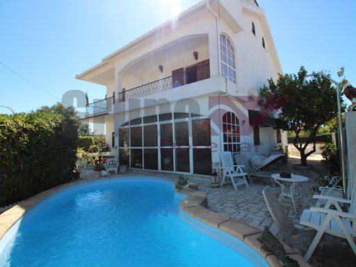 Detached house 7 rooms in Fernão Ferro | 6 Bedrooms | 2WC