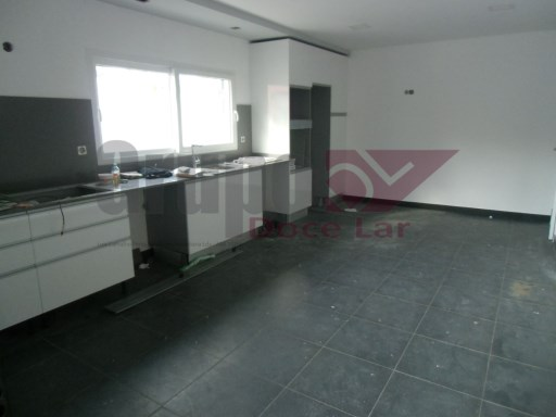 Semi-detached house 4 rooms in Azeitão | 3 Bedrooms | 3WC