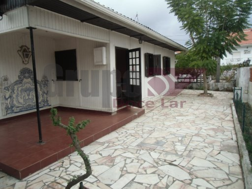 House › Seixal | 3 Bedrooms | 1WC