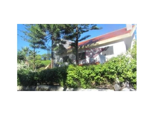House › Almada | 5 Bedrooms | 5WC
