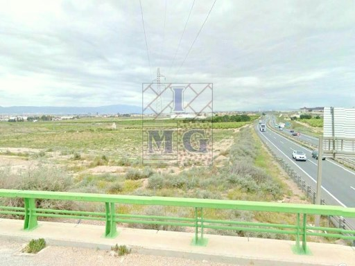 RESIDENTIAL LAND |