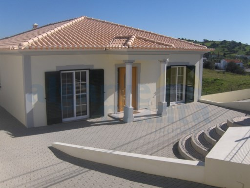 House › Castro Marim | 4 Bedrooms | 2WC