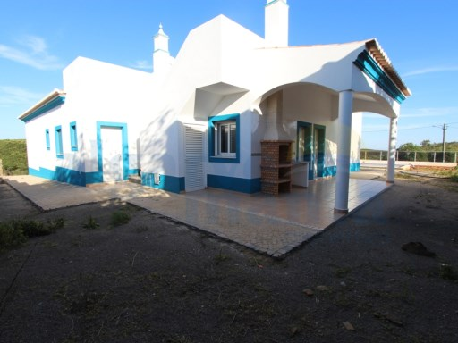 3 bedroom villa in stage of completion in Algarve | 3 Bedrooms