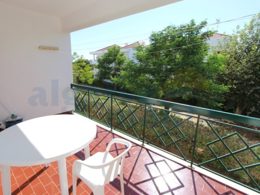 TWO BEDROOM LIGHT AND BRIGHT APARTMENT  350 m from the beach of Manta Rota, TWO GOOD SIZED VERANDAS | 2 Bedrooms | 1WC
