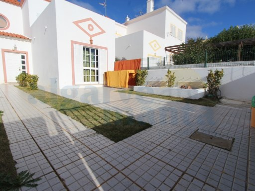 +1 V2 townhouse in Manta Rota | 2 Bedrooms | 2WC