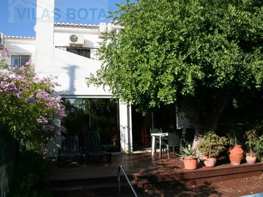 Semi-Detached House › Loulé | 2 Bedrooms | 3WC