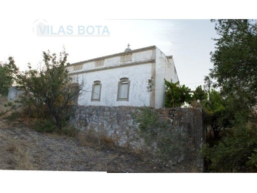 Plot of land for sale – Algarve – Santa Bárbara de Nexe. |