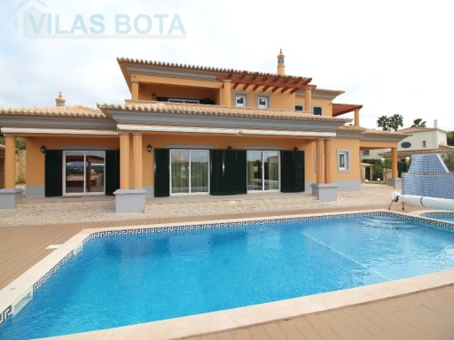 Villa for sale – Algarve – Almancil. | 4 Bedrooms | 3WC