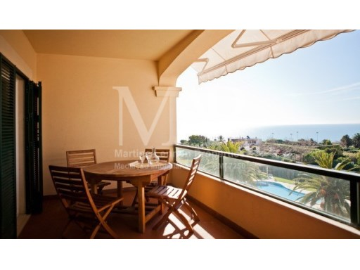 Excellent T2 apartment with a beautiful sea view, localized in one of the most exclusives condominiums in Cascais centre. Exclusive MAP | 2 Bedrooms