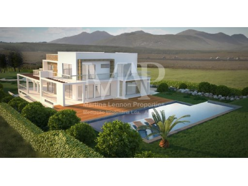 Amazing plot of land for sale in the area of Charneca do Guincho with 9700 m2 of area, with project approved for the construction of a villa with a fantastic sea View. |