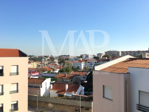 3 bedroom apartment in Abuxarda, many good areas and good sun exposure, building without elevator. The apartment has been refurbished. Kitchen equipped. | 3 Bedrooms | 1WC
