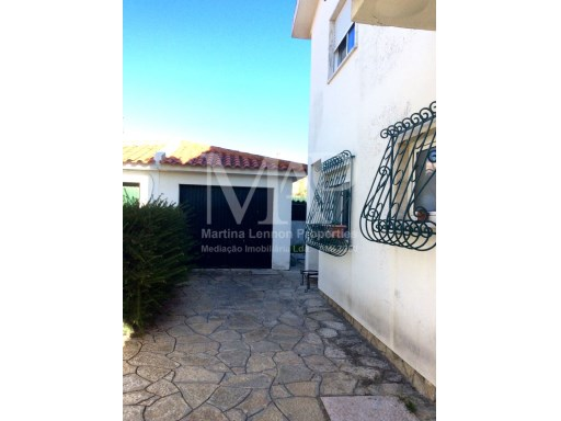 House in Cascais, in Cobre | 5 Bedrooms | 3WC
