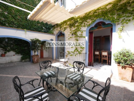 A magnificent town house in the historic centre | 5 Bedrooms | 5WC