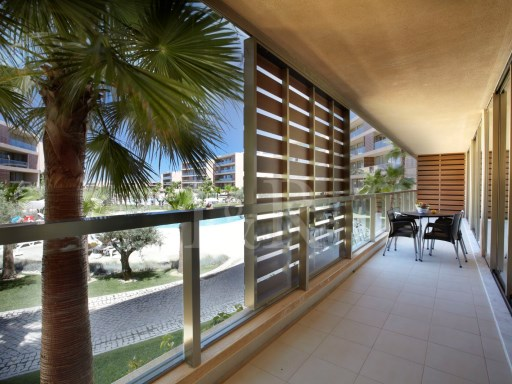 3 BEDROOM APARTMENT IN A RESORT NEAR THE SALGADOS BEACH, ALGARVE | 3 Bedrooms | 2WC