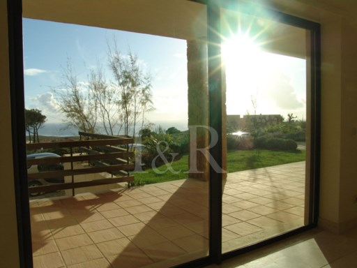 3 BEDROOM VILLA IN GATED COMMUNITY WITH SEA VIEW, CASCAIS | 3 Bedrooms | 4WC
