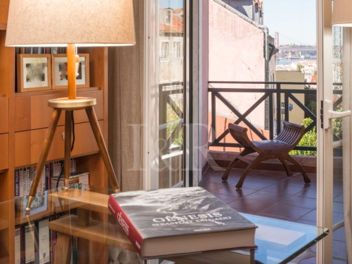 3 BEDROOM APARTMENT WITH RIVER VIEW IN PRINCIPE REAL, LISBON | 3 Bedrooms | 2WC
