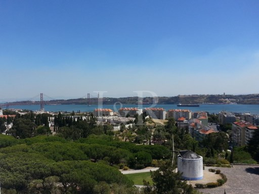 1 BEDROOM APARTMENT WITH GREAT TAGUS VIEW IN RESTELO, LISBON | 1 Bedroom | 1WC