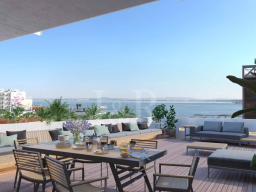 2 BEDROOM DUPLEX APARTMENT WITH FABULOUS TAGUS RIVER VIEW IN SANTOS, LISBON | 2 Bedrooms | 3WC