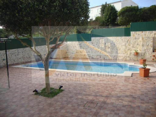 House › Torres Vedras | 4 Bedrooms | 1WC