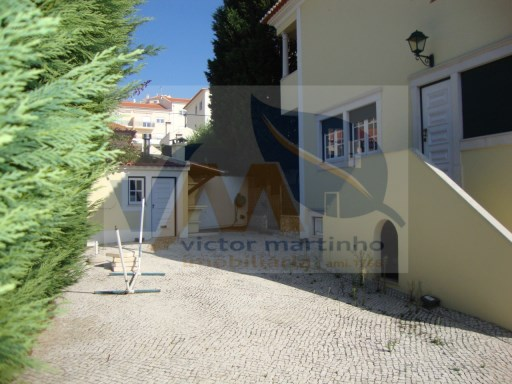 Detached House › Torres Vedras | 6 Bedrooms | 5WC