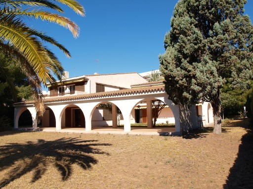 CHALET OF / ALTIPLANO IN URBANIZATION PLAGETTES; OROPESA | 7 Bedrooms | 7WC