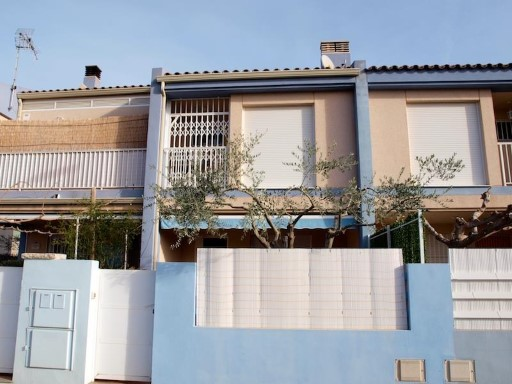 Terraced House › Almazora/Almassora | 3 Bedrooms | 2WC