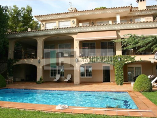 Villa expended in area urbanizacion Las palmas | 5 Bedrooms | 4WC
