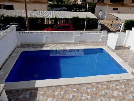 villa con piscina cerca de la playa  | 4 Bedrooms | 2WC