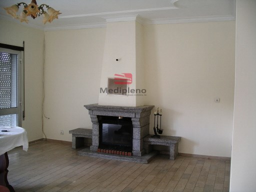Apartment › Vila Nova de Paiva | 3 Bedrooms