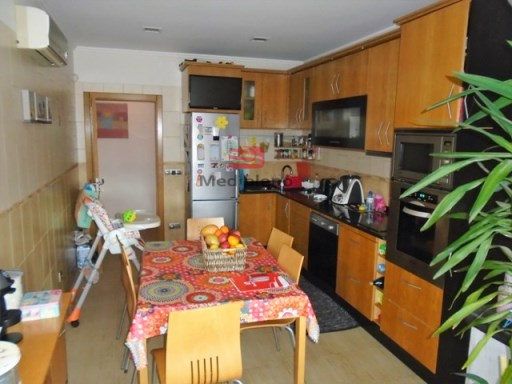 Apartment › Viseu | 3 Bedrooms | 2WC