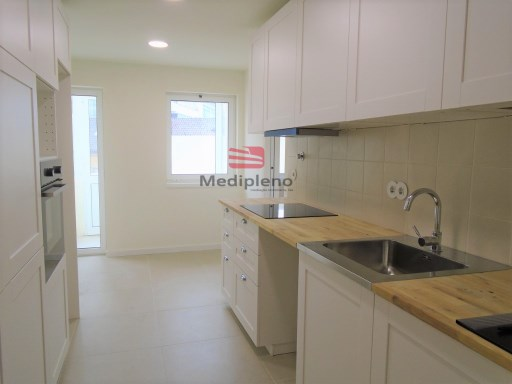 Apartment › Viseu | 4 Bedrooms + 1 Interior Bedroom | 3WC
