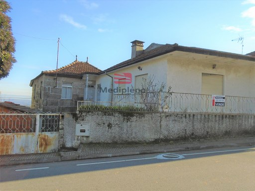 House › Viseu | 3 Bedrooms | 1WC