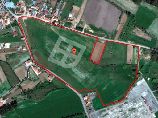 Agricultural land with 80000m2 |