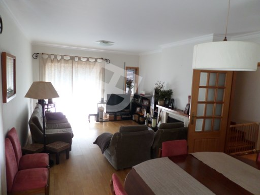 Apartment › Aveiro | 4 Bedrooms + 1 Interior Bedroom | 3WC