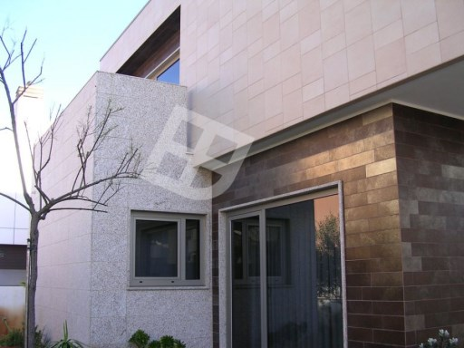 Detached house 4 bedrooms modern architecture located in praia da Barra | 4 Bedrooms | 3WC