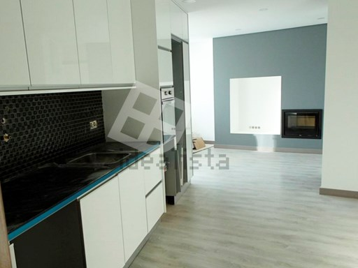 Apartment › Aveiro | 4 Bedrooms | 2WC