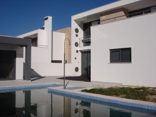 Detached House › Setúbal | 4 Bedrooms | 3WC