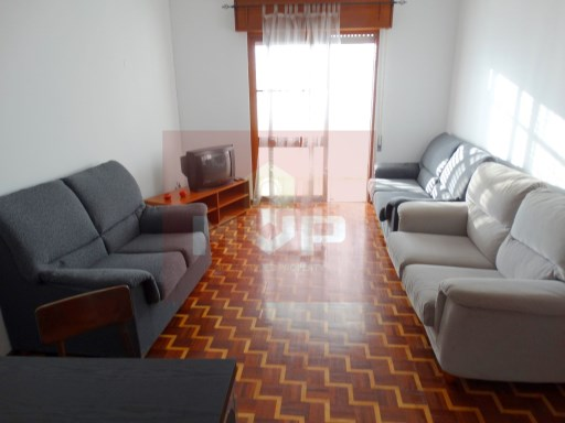 Apartment with elevator in the heart of Olhão | 4 Bedrooms | 2WC